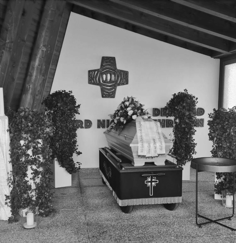 Friedhof-sw-2